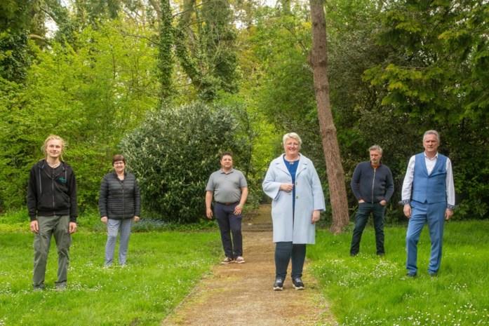 Cultuurseizoen De Steenoven van start in openlucht: pastorietuin wordt 'luistertuin'