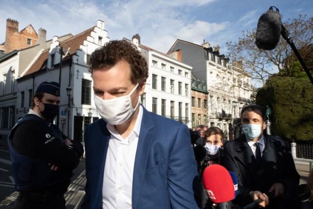 """Hoelang moeten we nog een mondmasker dragen? """"Zolang bevolking niet voldoende gevaccineerd is"""""""