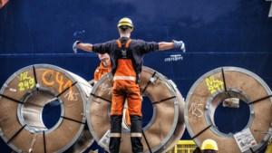 Minireeks 'Zwanst na nie' informeert dokwerkers over belangrijke onderwerpen