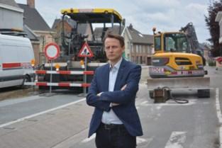Fietspad plots opgebroken, borden verkeerd geplaatst, riolen kapot: gemeente stuurt motie naar minister met waslijst klachten over wegenwerken