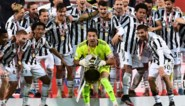 43 jaar, 29ste trofee en toch door het dolle heen: Gianluigi Buffon neemt in geheel eigen stijl afscheid van 'zijn' Juventus