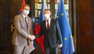 Servië wil 100.000 coronavaccindosissen doneren aan Tsjechië, dat zich verontschuldigt voor NAVO-bombardementen