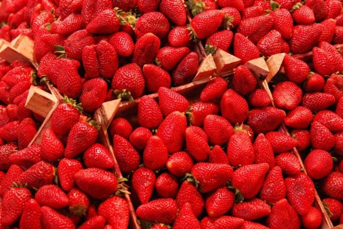 Waarom smaken Spaanse aardbeien zo flets, ondanks het goeie weer daar?