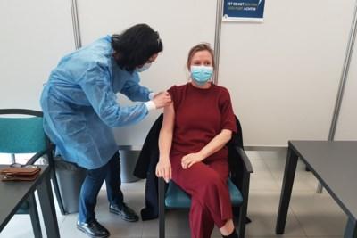 Helft Wachtebeekse bevolking gevaccineerd