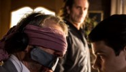 Koen De Bouw ontvoert Lucas Van den Eynde in 'Glad ijs'