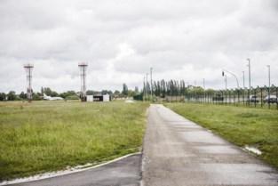 """Vlaamse Omgevingsinspectie stelt bouwovertredingen vast op luchthaven Deurne: """"Vertrouwen raakt zoek"""""""
