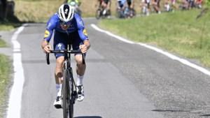 """Rémi Cavagna gooide al zijn kaarten op tafel, maar kon Deceuninck - Quick-Step geen Giro-zege bezorgen: """"Ik heb alles gegeven"""""""