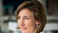 """Vaccinoloog Isabel Leroux behoort als jonge veertiger tot 'risicogroep' van J&J-vaccin: """"Ik begrijp de ongerustheid, maar ernstige bijwerkingen zijn zeer zeldzaam"""""""