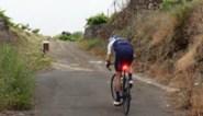 """Chris Froome neemt niets vermoedende ploegmakkers mee naar """"de steilste helling ter wereld"""" op Tenerife"""