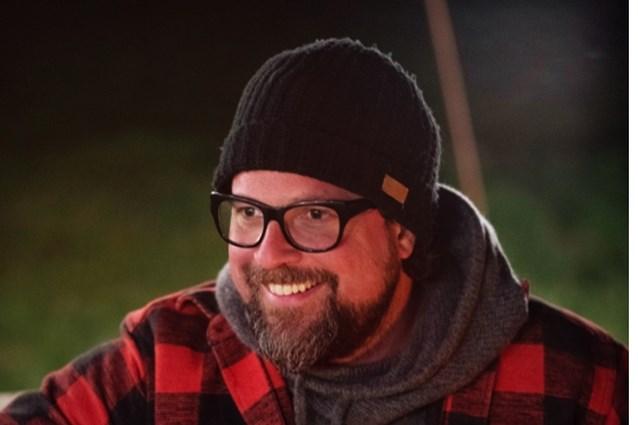 Buurman sprokkelt kampvuurverhalen voor nieuwe songs