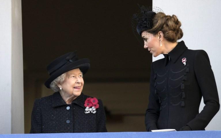 ROYALS. Waarom Kate Middleton meer lijkt op de Queen dan op Diana, het beeld van Archie dat nauwelijks opviel