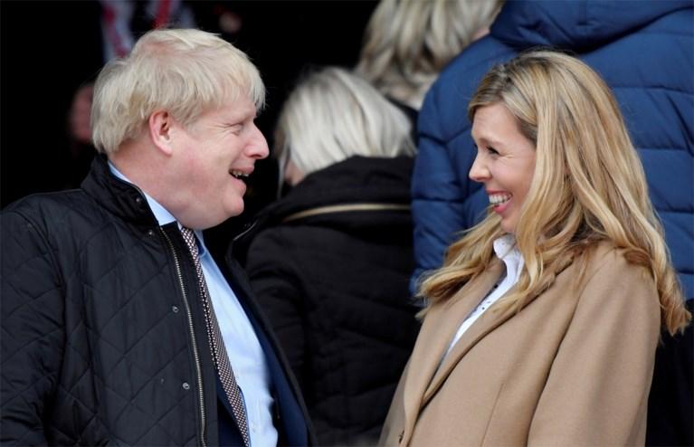 Le Premier ministre britannique Boris Johnson épouse sa fiancée Carrie Symonds lors d'une cérémonie secrète