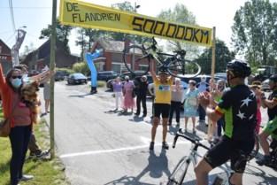 """Georges (77) fietst op 49 jaar tijd meer dan 12 keer de wereld rond: """"Ik weet na al die jaren overal in België de weg"""""""
