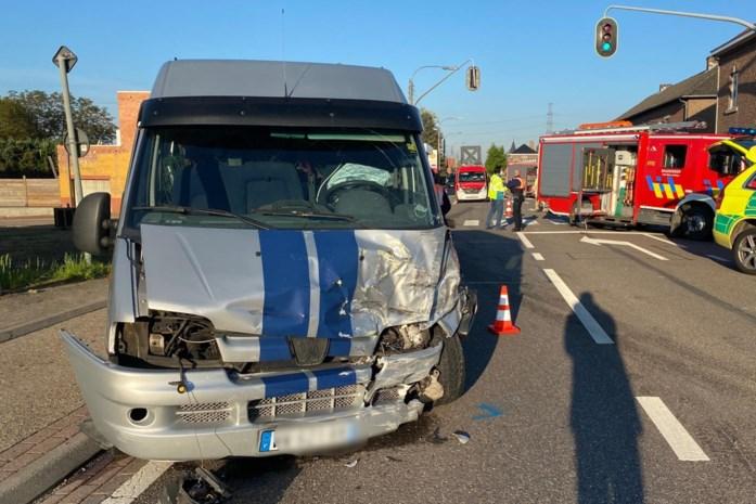 Vrouw (59) in levensgevaar na ongeval in Riemst, gevluchte bestuurder spoorloos