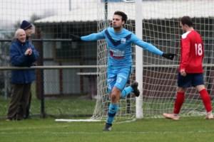 """Pepijn Vangansbeke trekt van SK Lochristi naar FC Latem: """"Ik dacht eraan om te stoppen met voetballen"""""""