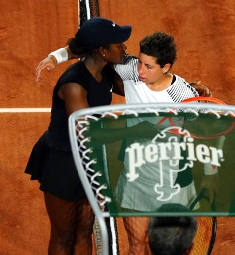 ROLAND GARROS. Rafael Nadal neemt vlotjes eerste horde, ook Novak Djokovic kent goede start in Parijs