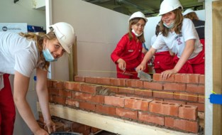 """Vier nieuwe workshops in PXL STEM Academy: """"Zelfs in coronatijd zwengelt belangstelling aan"""""""