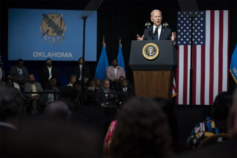 """Biden herdenkt racistische """"hel"""" in Tulsa eeuw geleden: """"Ik ben eerste president die naar hier komt"""""""