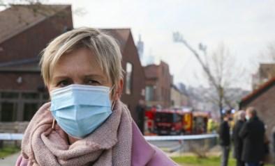 Verzekeraars stellen drie partijen aansprakelijk, maar bewoners blijven de dupe: na zware brand niet voor einde jaar terug thuis