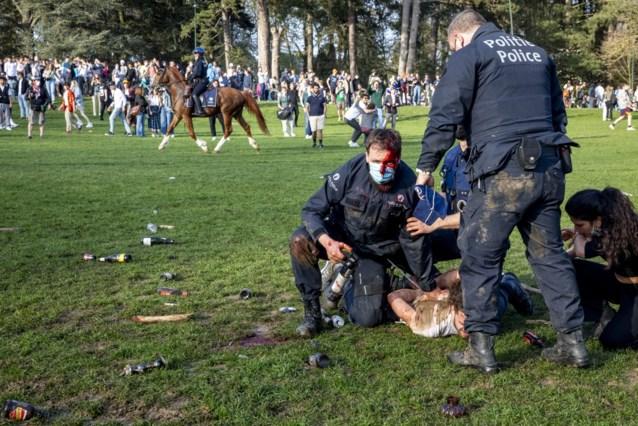 Student riskeert 200 uren werkstraf voor geweld tegen politiemannen tijdens nepfestival La Boum 1