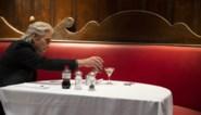 RECENSIE. 'The Kominsky method' van Chuck Lorre: Alleen is maar alleen **