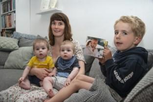 """Lieselot (32) moest afscheid nemen van haar man met tweeling in haar buik: """"Ik mocht de namen kiezen, als hun tweede naam maar Sander werd"""""""