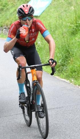 Beresterke Mark Padun doet 'een Van Aertje' in de Dauphiné, Richie Porte beleeft stresserende dag maar pakt eindzege