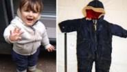"""""""Een aangespoelde baby in een blauw pakje... We wisten het eigenlijk meteen"""": het tragische verhaal van Artin"""