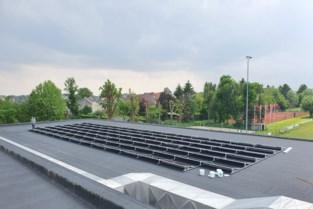 PajoPower plaatst 600 zonnepanelen op dak van sporthal