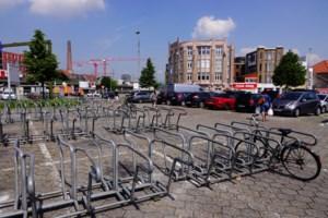 Drukke autoparking aan Dampoort voor twee jaar (stukje) omgebouwd tot fietsparking