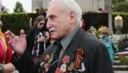 """David Dushman, de laatste bevrijder van Auschwitz is niet meer: """"Met mijn tank ramde ik het hek, uit de barakken kwamen skeletten gestrompeld"""""""