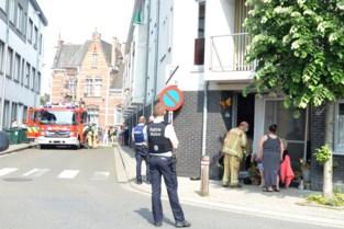 Oververhitte pan op fornuis vat vuur in appartementsblok: Bewoners even geëvacueerd, geen gewonden