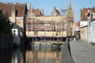 """Bouw Triënnale-werk loopt alwéér vertraging op, plannen worden bijgestuurd: """"De constructie vangt te veel wind"""""""