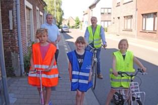 """Ook fietssuggestiestroken aan schooltje De Vlinderboom? """"Veiligheid van onze kinderen gaat ons allemaal aan"""""""