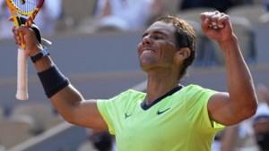 ROLAND GARROS. Rafael Nadal verliest zowaar een set, maar plaatst zich voor halve finales tegen Djokovic