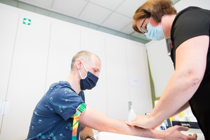 Gezocht: proefkonijnen die twee verschillende vaccins willen krijgen