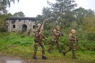 Nee, geen zoektocht naar Jürgen Conings: militairen oefenen in Grembergen, Hamme en Moerzeke