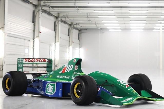 Eerste F1-bolide van Michael Schumacher staat te koop