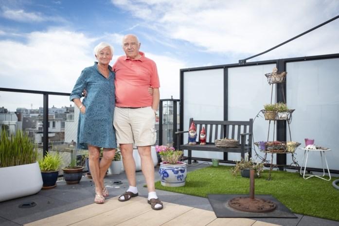 """Grootouders schrijven brief naar Vandenbroucke omdat ze hun (klein)kinderen in buitenland niet kunnen bezoeken: """"Eén kleinkind heeft het zo moeilijk dat ze zelfs niet meer wil skypen"""""""