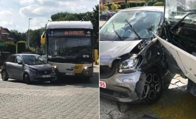 Buschauffeur in shock na botsing met auto