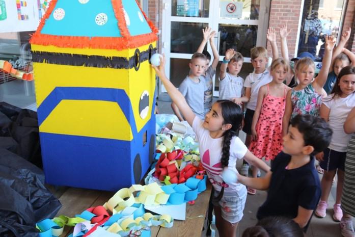 Droommachines houden de speelplaats netjes en vuren vragen af op kinderen
