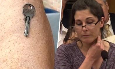Verpleegster wil bewijzen dat ze magnetisch is door coronavaccin, maar dat loopt niet helemaal zoals gepland