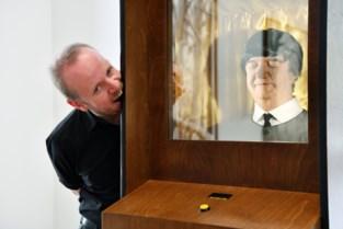 Dennis Tyfus maakt kunst met buste van vader als Paul McCartney