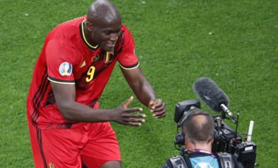 """Romelu Lukaku draagt doelpunt op aan Inter-ploegmaat Eriksen: """"Chris, sterkte jongen! I love you"""""""