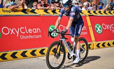 """Baloise Belgium Tour voorbij voor Jasper Philipsen na """"stomme fout"""": """"Hij moet drie dagen van de fiets blijven"""""""