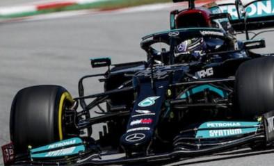 """Lewis Hamilton uit kritiek op F1-bolides die steeds 'zwaarder' worden: """"Echt ecologisch is dat niet"""""""
