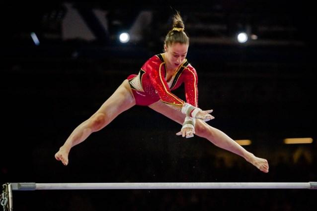 """Nina Derwael toont nieuwe oefening waarmee ze in Tokio goud wil halen: """"Ik was achteraf vooral heel opgelucht"""""""