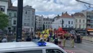 Drukte op het water in Gent: kajakker in de problemen aan Koophandelsplein