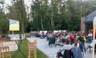 Veel ambiance op terras De Kantien tijdens de match tegen Rusland