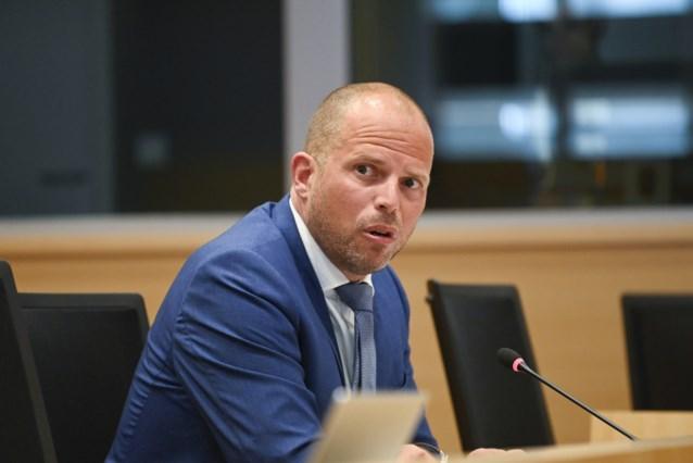 """Theo Francken (N-VA) in De Zondag: """"We hebben de regering bij haar nekvel"""""""
